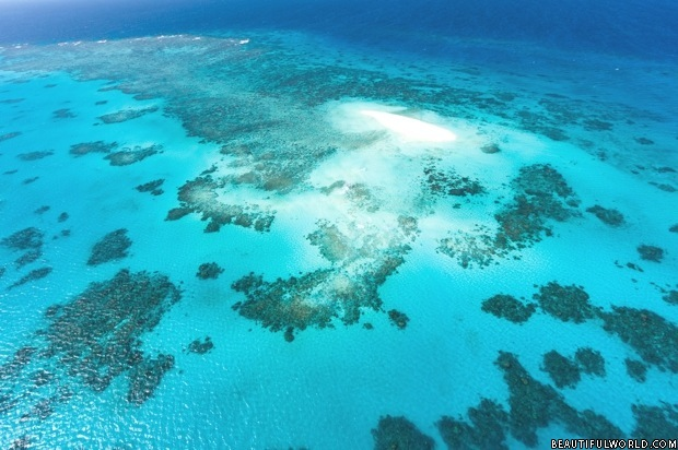 aerial-photo-of-great-barrier-reef