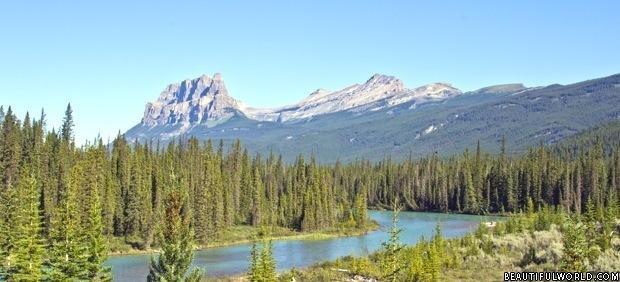 castle-mountain-banff-national-park