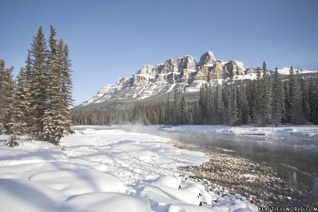 castle-mountain-in-winter