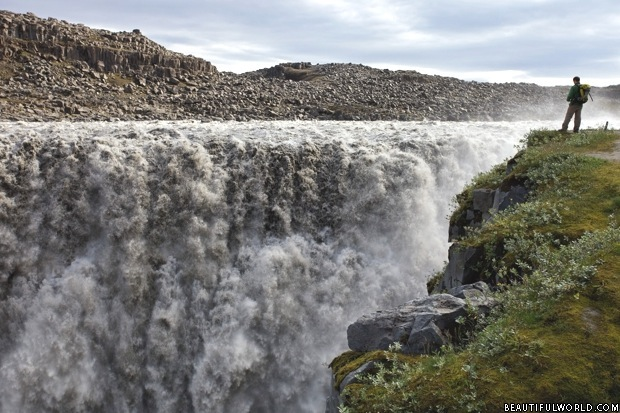 dettifoss-iceland