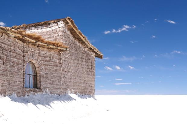 ice-building-salar-de-uyuni