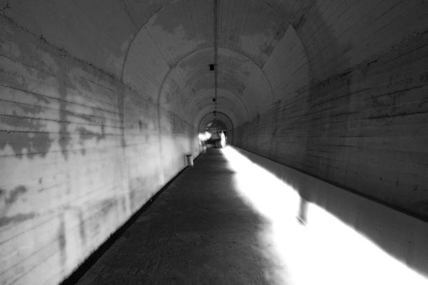 jeita-grotto-entrance-tunnel