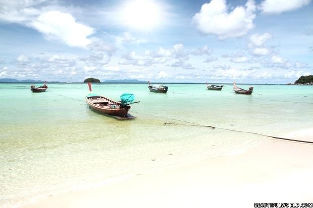 long-tail-boats-koh-lipe