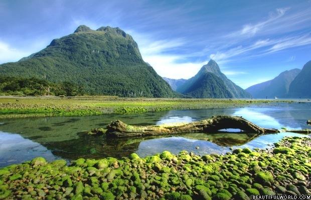 mitre-peak-fiordland