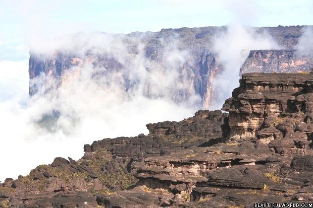 mount-roraima-landscape