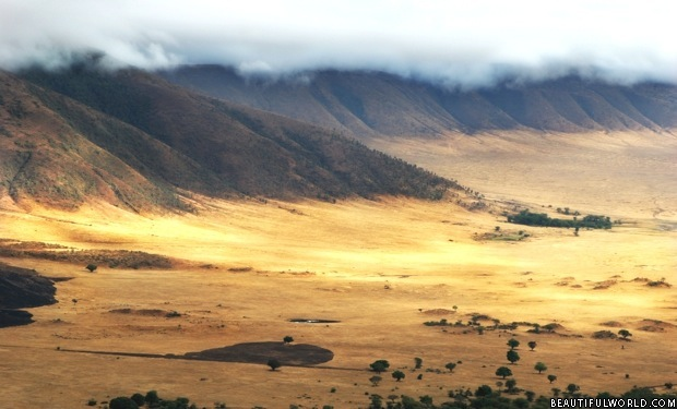 ngorongoro-crater-at-sunrise