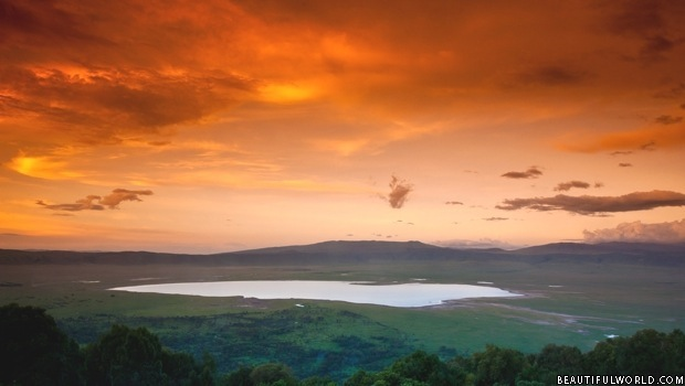 ngorongoro-crater-at-sunset