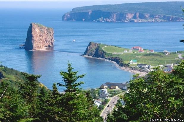 panoramic-view-of-perce-rock