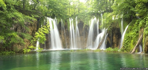 plitvice-waterfall
