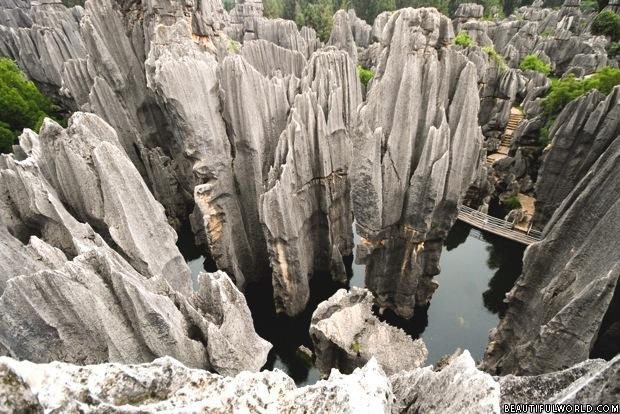 razor-rock-mountains-stone-forest