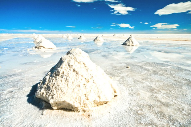 salt mountains salar de uyuni