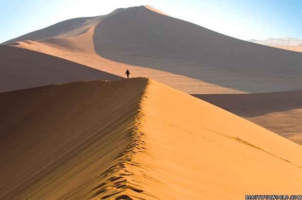 sand-dunes-sossusvlei-namib-desert