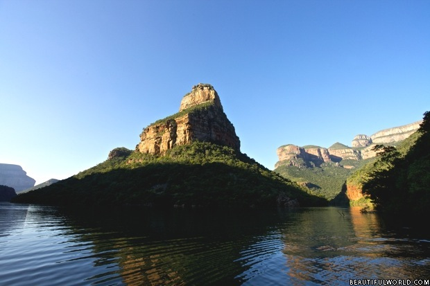 the-three-rondavels-mpumalanga