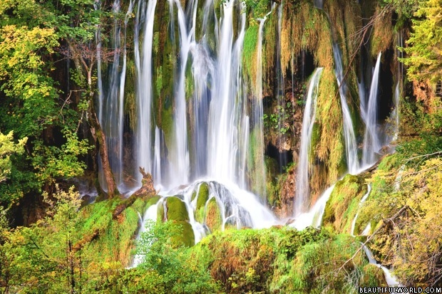 waterfall-plitvice-lakes