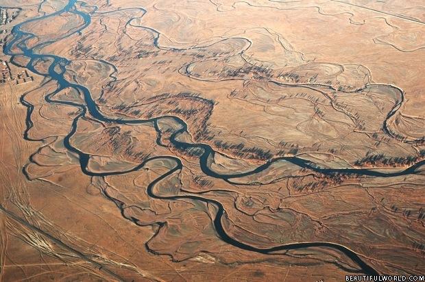 aerial-view-of-gobi-desert