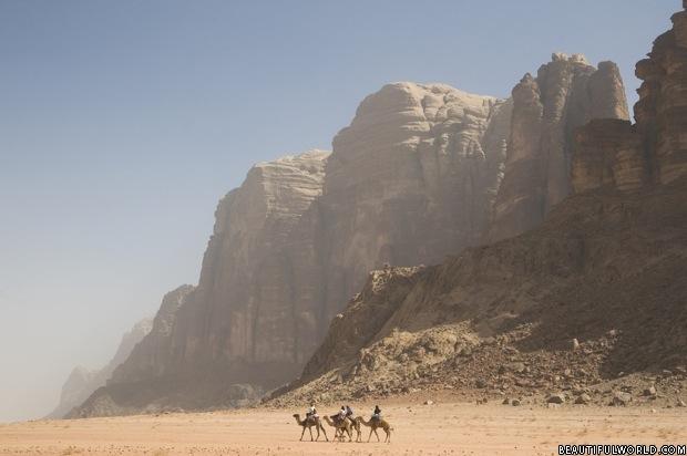 camel-trek-wadi-rum