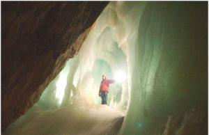 Eisriesenwelt Cave