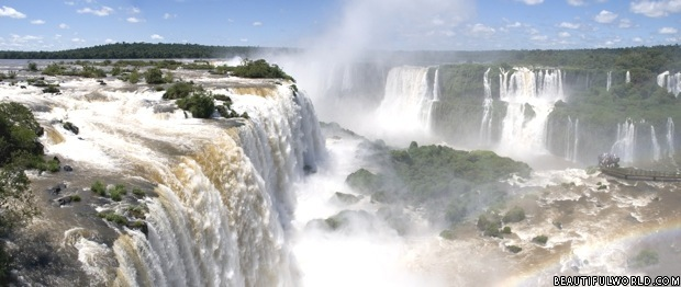iguazu-falls-brazil-and-argentina