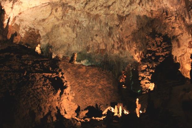 inside-skocjan-caves