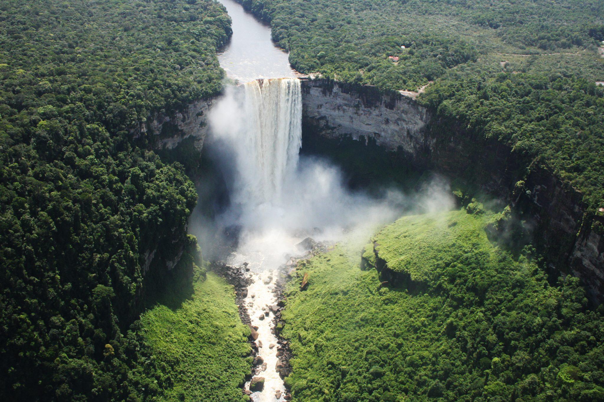 kaieteur falls facts information tours guyana south america guide