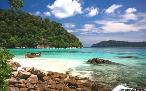 Koh Lipe Facts & Information - Beautiful World Travel Guide