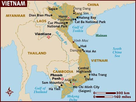 Map of Vietnam showing Ha Long Bay