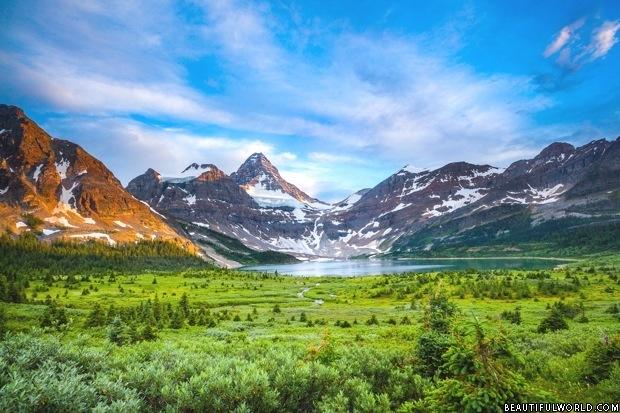 mount-assiniboine-alberta