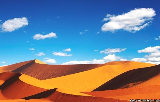 sossusvlei-namib-desert