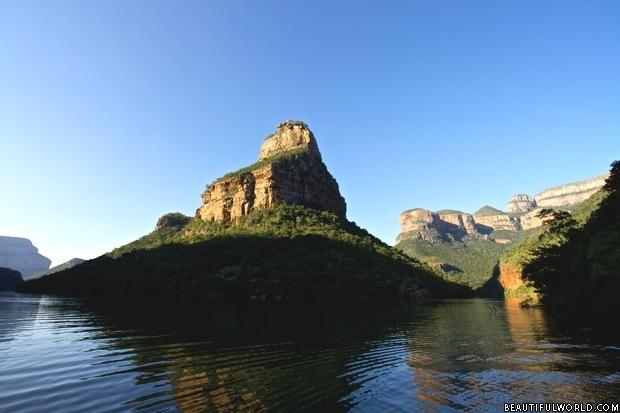 the-three-rondavels-mpumalanga