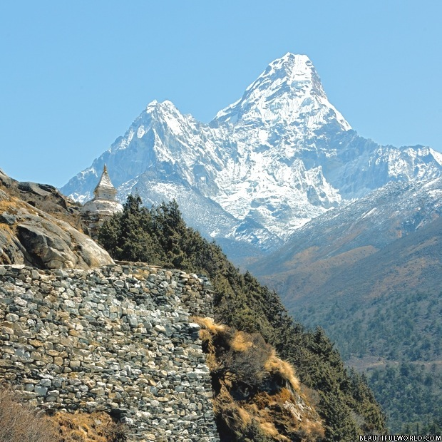 track-to-mount-everest