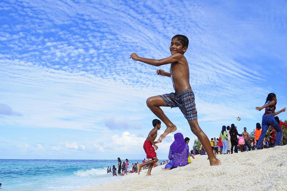 Maldivians or Dhivehin