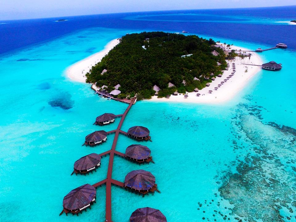 Maldives Facts & Information - Beautiful World Travel Guide