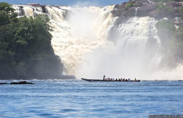 Spectacular Waterfalls of Canaima Lagoon